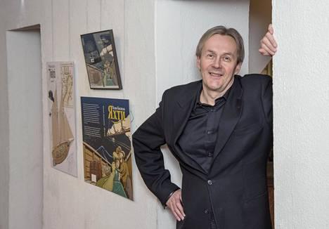 Sarjakuvataiteilija Ilpo Koskelan näyttely Kulttuuritalo Valveella Oulussa esittelee töitä 70-luvulta nykypäivään. Näyttely jatkuu 27.11. saakka.