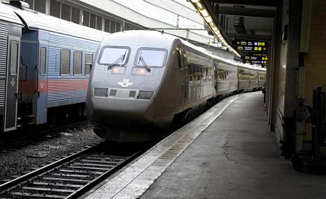 Göteborgin juna Tukholman rautatieasemalla helmikuussa 2012.