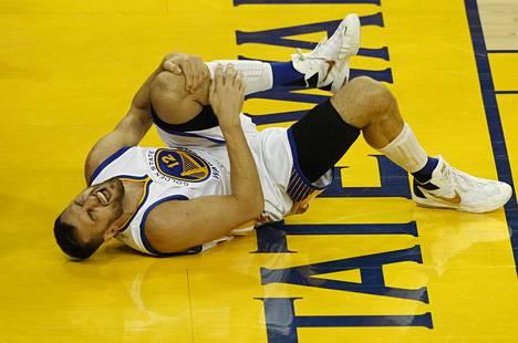 Golden Staten Adrew Bogut loukkaantui NBA-finaaleissa 13. kesäkuuta.