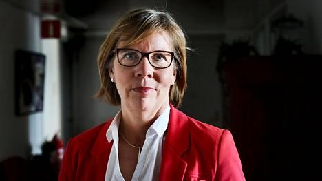 Oikeusministeri Anna-Maja Henrikssonin mielestä