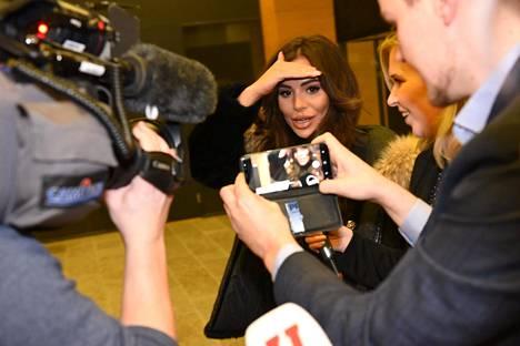 Sofia Belorf saapumassa oikeuteen huumejutun käsittelyyn 30. tammikuuta.