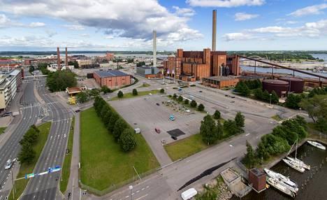 Suurmoskeijan paikaksi on ollut esillä Hanasaaren voimalan ympäristö Helsingin Sörnäisissä. Energiayhtiö Helen suhtautuu kuitenkin epäillen siihen, että voimalan lähellä oleskelisi jatkuvasti paljon ihmisiä.