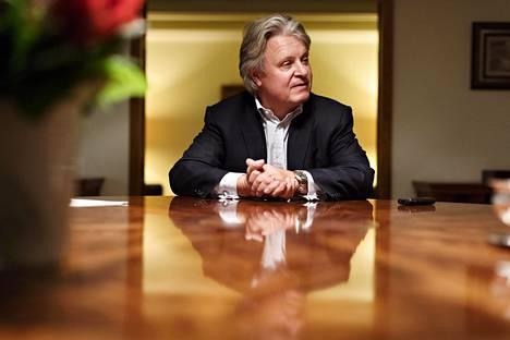 Nordean konsernijohtaja Casper von Koskull lähti 30 vuotta sitten tekemään kansainvälistä pankkiuraa Saksaan, Englantiin ja Ruotsiin. Ensi kesänä hän muuttaa Nordean pääkonttorin mukana takaisin Helsinkiin.