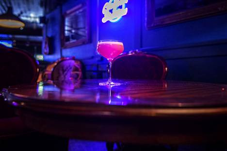 Puksun Clover Club is made from used raspberries and seasoned with sage.