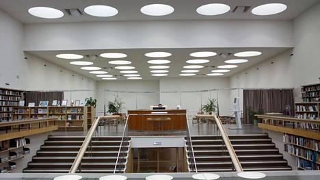 La bibliothèque de la ville de Vyborg, achevée en 1935, s'est détériorée à l'époque soviétique. L'ouverture de la bibliothèque restaurée a eu lieu en 2013.