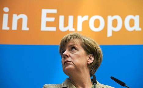 Saksan liittokansleri Angela Merkel puhui puolueensa kristillisdemokraattien tiedotustilaisuudessa Berliinissä 26. toukokuuta.