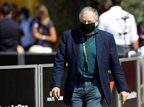 Ferrarin entinen tallipäällikkö ja Kansainvälisen autoliiton nykyinen puheenjohtaja Jean Todt vieraili syyskuussa Toscana GP:n varikolla.