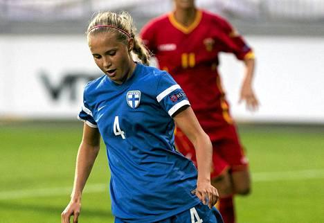 Ria Öling teki Suomen ainoan maalin Makedoniaa vastaan.