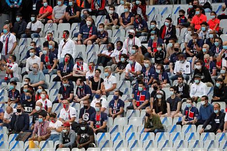 Ranskan liigacupin finaaliin otettiin viime perjantaina 2800 katsojaa.