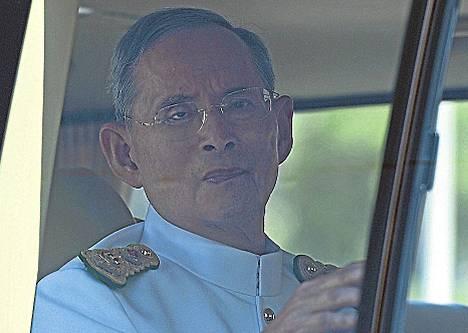 Kuningas Bhumibol Adulyadej