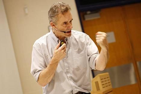 Jordan B. Peterson on suosittu luennoitsija.