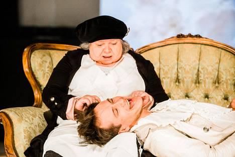 Aleksi Holkko on Teatteri Vanhan Jukon Don Juan, Satu Säävälä isäntänsä tekoja selittelemään joutuva Sganarelle.