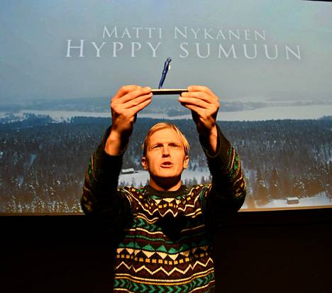 Tatu Mönttinen kirjoitti monologinäytelmän Matti Nykäsestä.