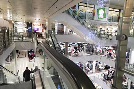 Stockmann myy tavaratalokiinteistönsä Helsingin keskustassa.