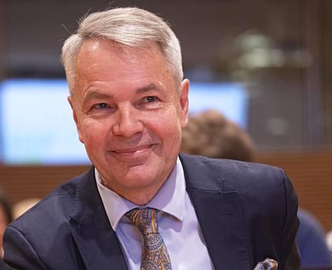 Pekka Haavisto vihreiden puoluevaltuuston kokouksessa 22. helmikuuta.