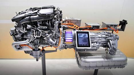 Adiabaattisen Moottori