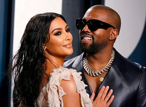 Kanye West ja Kim Kardashian ovat yksi maailman seuratuimmista julkkispareista.