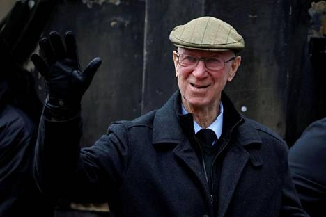 Vuonna 2019 Jack Charlton kuvattiin saapumassa entisen Englannin maajoukkuevahdin Gordon Banksin hautajaisiin.