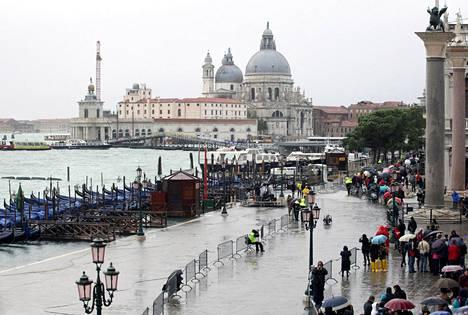 Venetsian maratonissa nähtiin melkoinen skandaali sunnuntaina. Kuva vuoden 2012 kisasta.