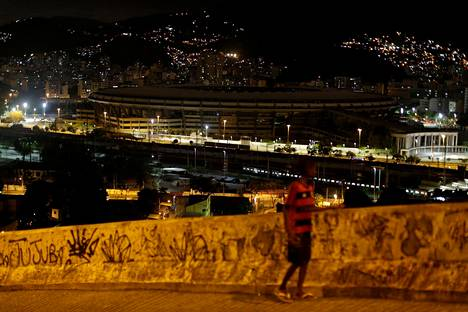 Maracanã-stadion kuvattuna 27. tammikuuta 2017, jolloin stadion oli ilman sähköjä ja pimeänä.