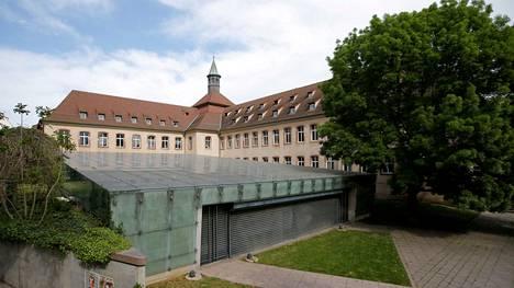 Ranskan kuuluisa ja perinteikäs hallintokoulu ENA suljetaan ensi vuonna.