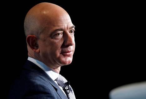 Verkkokauppa Amazonin perustaja Jeff Bezos