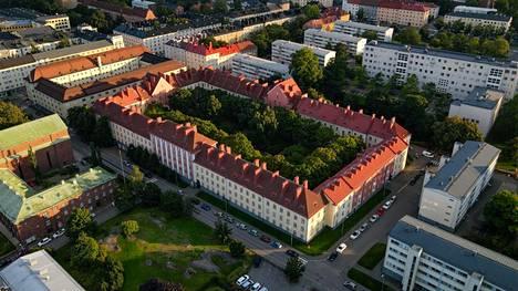 Arkkitehtuurimuseo järjestää kolme kävelykierrosta 1920-luvun helsinkiläisille asuinalueille osana Open House Helsinki 2021 -festivaalia. Yhdellä kierroksista tutustutaan työväen asuinalueeksi rakennettuun Vallilaan.