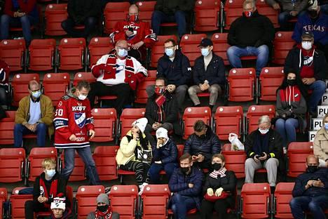 HIFK:n yleisökeskiarvo on pudonnut viime kauden 7000:sta vajaaseen 3300:aan.