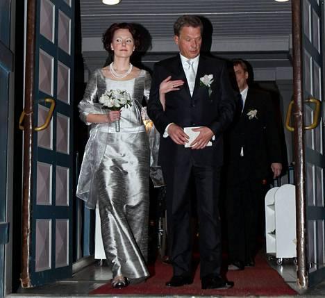 Sauli Niinistön ja Jenni Haukion häitä vietettiin Reposaaren kirkossa Porissa tammikuussa 2009.