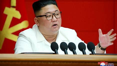 Pohjois-Korean diktaattori Kim Jong-un ilmoitti keskiviikkona järjestävänsä tammikuussa suuren kokouksen työväenpuolueelle.