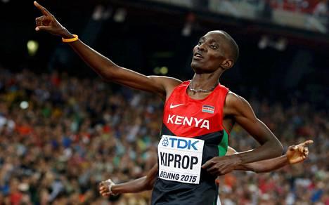 Dopingista kiinni jäänyt Asbel Kiprop voitti Pekingissä uransa kolmannen maailmanmestaruuden.