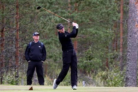 Roope Kakko pelasi lauantaina huippukierroksen 66 lyöntiä Vierumäen Cooke-kentällä.