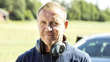 Renny Harlin on työskennellyt viime vuosina Euroopassa ja Kiinassa ja tekee elokuvia jälleen myös Suomessa. Viime kesänä hän kuvasi Suomessa Luokkakokous 3 -elokuvaa.