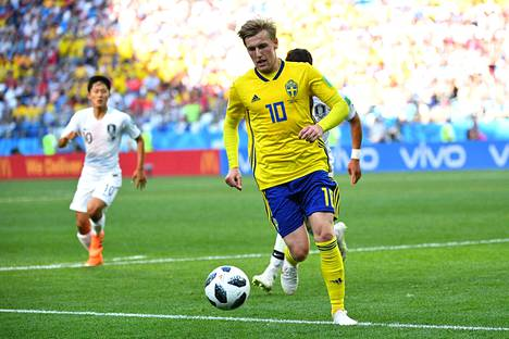 Emil Forsberg on Ruotsin keskikentällä yksi joukkueen avainpelaajista.