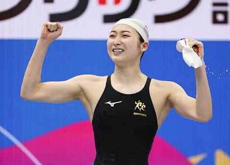 Leukemiasta toipunut Rikako Ikee, 20, tuuletti sunnuntaina Japanin mestaruutta ja olympiarajan alittamista 100 metrin perhosuinnissa.