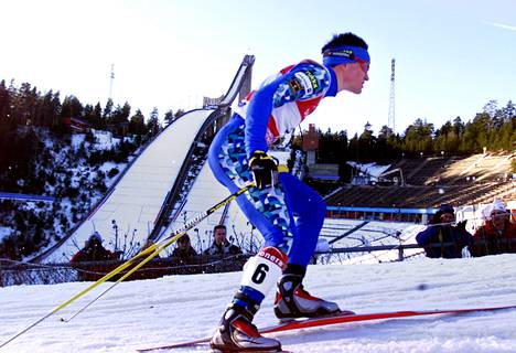 Yhdistetyn hiihtäjä Samppa Lajunen rohmusi mitaleita vuonna 2001, kun Lahdessa viimeksi järjestettiin MM-kisat. Lajunen voitti kaksi henkilökohtaista hopeaa ja joukkuepronssia.