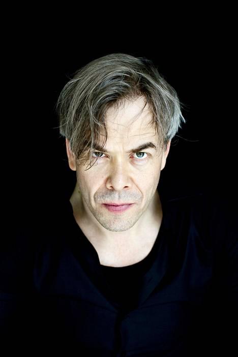 """""""Joskus Hannun katse melkein tappaa"""", Hannu Linnusta mainitaan uudessa Linnunradalla-kirjassa. Kuva vuodelta 2013."""