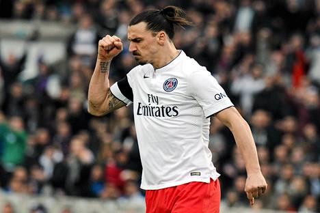 Zlatan Ibrahimovic Zlatan haukkui Bordeux'ia vastaan pelatun ottelun tuomarin huonoimmaksi koskaan näkemäkseen ja totesi samalla, että Ranska on paska maa.