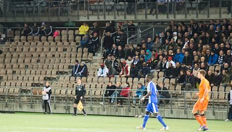 HJK ei saanut myytyä Sonera-stadionia täyteen.