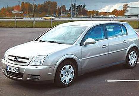 Opel Signumin maahantuonti lopetettu