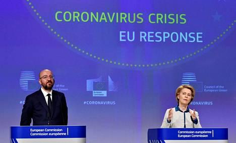 Eurooppa-neuvoston puheenjohtaja Charles Michel (vas.) ja Euroopan komission puheenjohtaja Ursula von der Leyen.