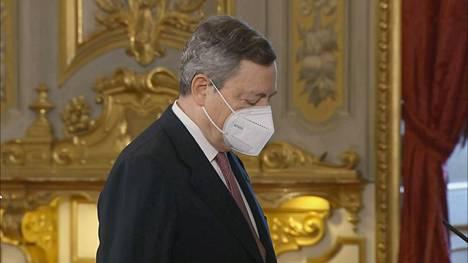 Italian uusi pääministeri Mario Draghi vannoi virkavalansa Roomassa 13. helmikuuta.