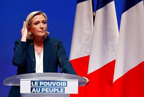 """Ranskassa tehdyissä, eurovaaleja koskevissa mielipidetiedusteluissa Marine Le Penin johtama Rassemblement National on joko ykkönen tai kakkonen. Kun Le Pen vaatii """"valtaa kansalle"""", ideaan sisältyy ajatus, jonka mukaan unionin valta on poissa kansalta."""