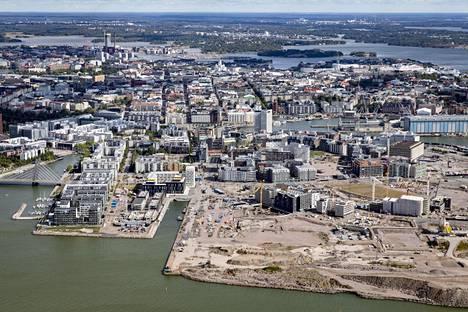 Maankäyttö- ja rakennuslain uudistus on yksi laajimmin yhteiskuntaan vaikuttavista lakihankkeista, joita hallituksella on työn alla. Kuva Jätkäsaaresta Helsingissä.