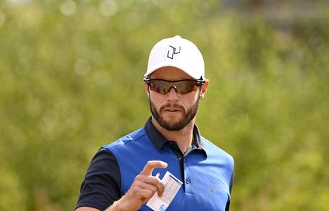 Kalle Samooja pelaa ensimmäistä kauttaan golfin Euroopan-kiertueella. Kuvassa Samooja golfin miesten Euroopan-haastajakiertueen kilpailussa elokuussa Vierumäellä.