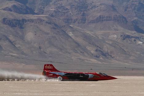 Jessi Combsin kohtalokkaassa ennätyskokeessa ajoneuvona oli North American Eagle.