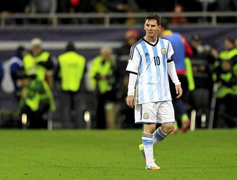 Lionel Messi pelasi keskiviikkona Argentiinan paidassa Romaniaa vastaan.