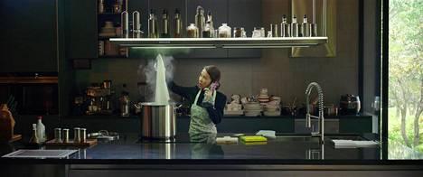 Eteläkorealainen Parasite on vahva suosikki Oscareissa. Kuvassa näyttelijä Cho Yeo-jeong.