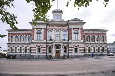 Jyväskylän kaupungintalo kuvattuna 18. syyskuuta 2020.