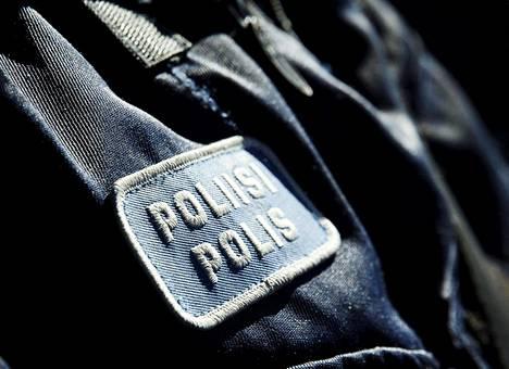 Äärioikeistoon liittyvässä jutussa on epäiltynä myös poliiseja.